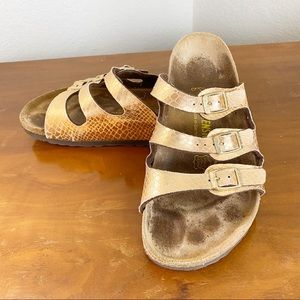 Birkenstock Metallic Cracked Pattern Sandal
